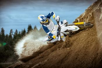 BTS: Husqvarna Team Photo Shoot