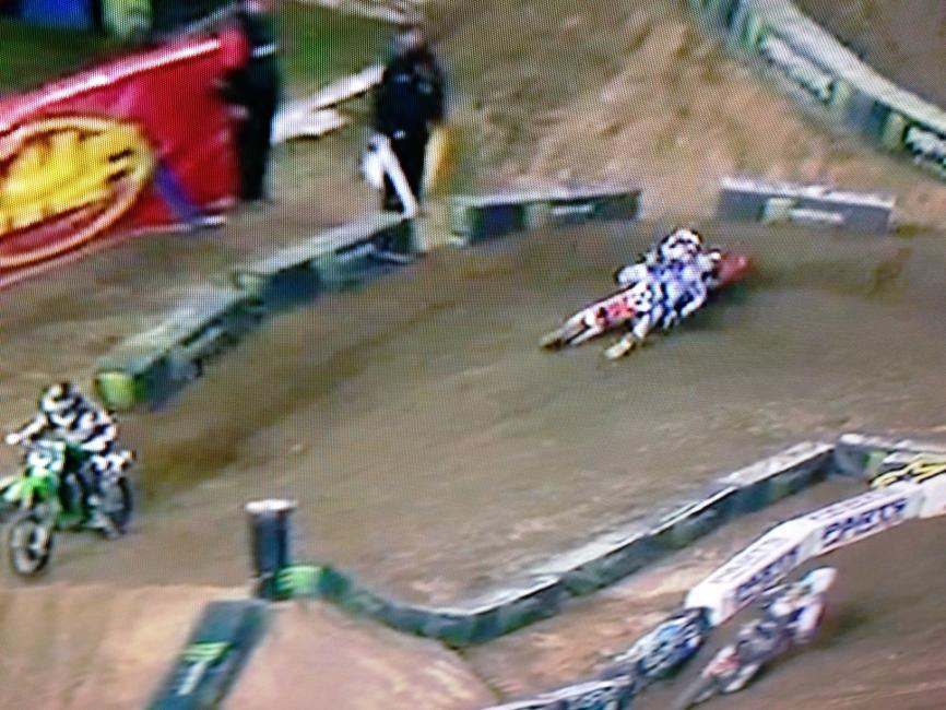 Here's that same Dungey photo again, note where he is in the berm compared to Reed above.