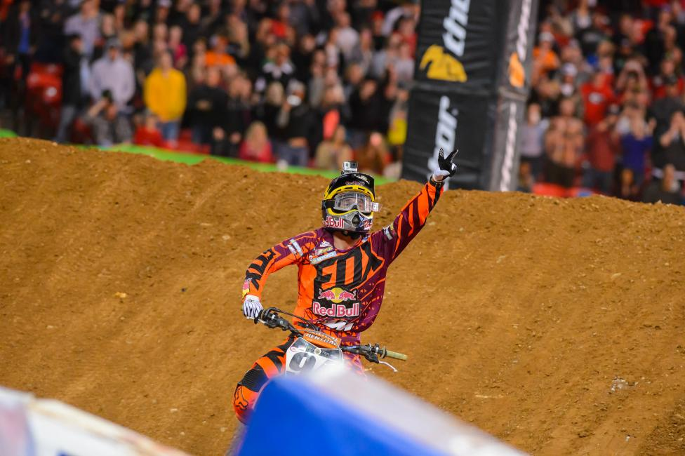 Roczen is now just nine points back of Villopoto. Photo: Simon Cudby