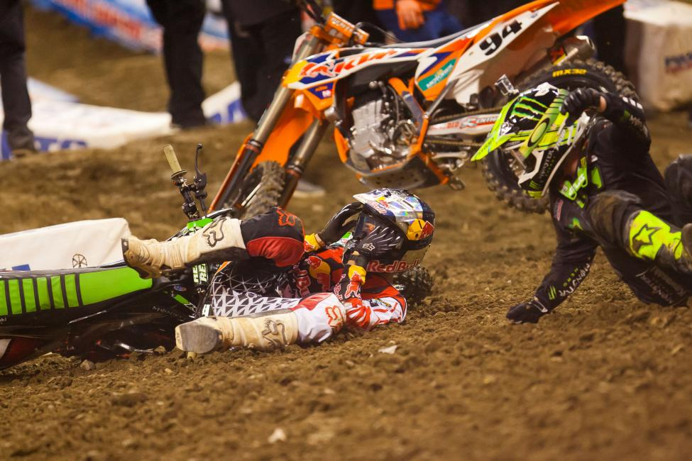 A tight first corner produced carnage in the main event, as points leader Ryan Villopoto along with Ken Roczen, James Stewart, Dean Wilson and others were left picking up the pieces after a first turn pileup.