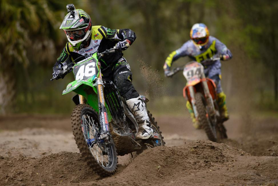 Adam Cianciarulo leads Ken Roczen around the track at RV's.