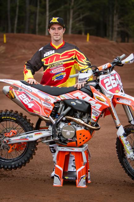 Not too much looks out of the ordinary here, including the Rockstar Energy apparel, the MSR gear or even the familiar #264 from the glorious amateur days. But these days Ryan Sipes has traded in his holeshot device for hand guards and an oversized tank as he makes his official GNCC debut this weekend in Florida.