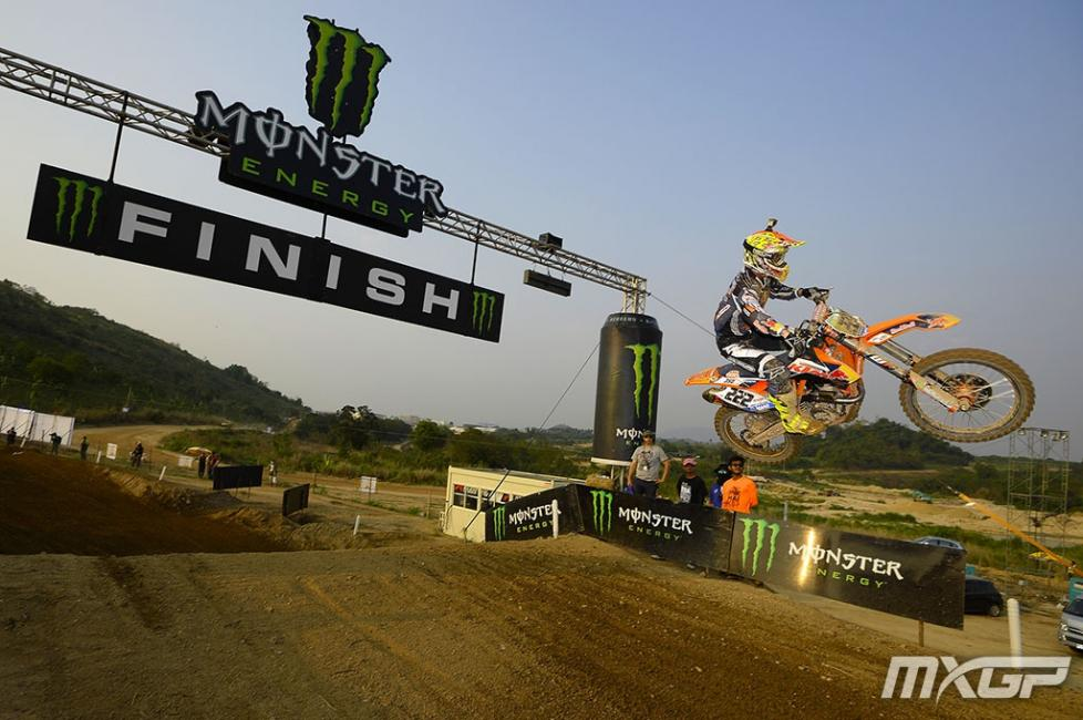 Antonio Cairoli went 1-1 for the overall in Thailand.