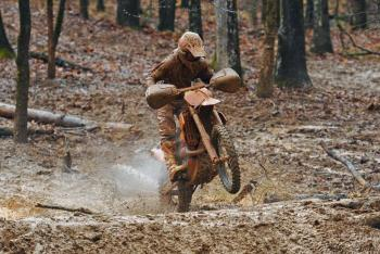 Russell Wins Muddy Maxxis General GNCC