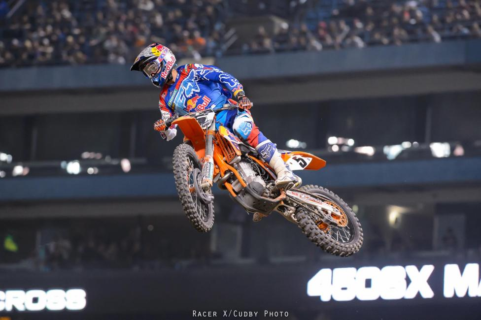 Although never in the mix for the win, Dungey once again put together a consistent twenty laps to finish third and pick up valuable championship points. He couldn't hold off Stewart or get Barcia but he did get around Roczen.Photo: Simon Cudby