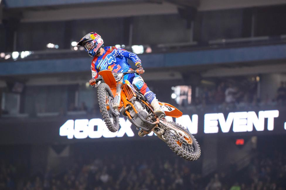 Can Dungey pick up ground on RV in St. Louis? Photo: Simon Cudby