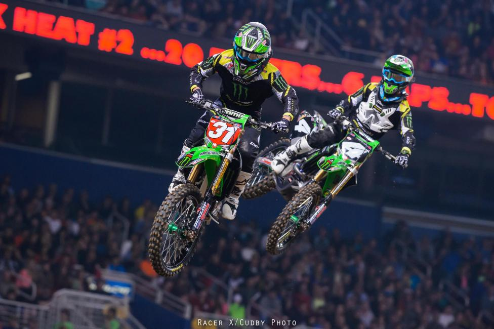Martin Davalos kept the momentum running from his heat race win into the main.Photo: Cudby