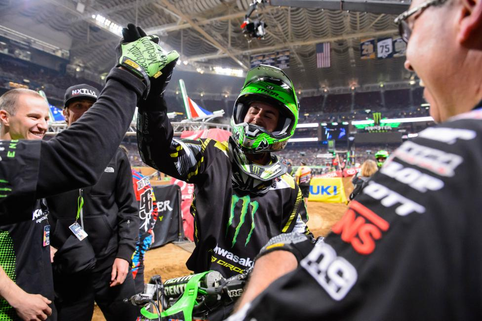 Martin Davalos held off Justin Bogle to win in 250SX. Photo: Simon Cudby
