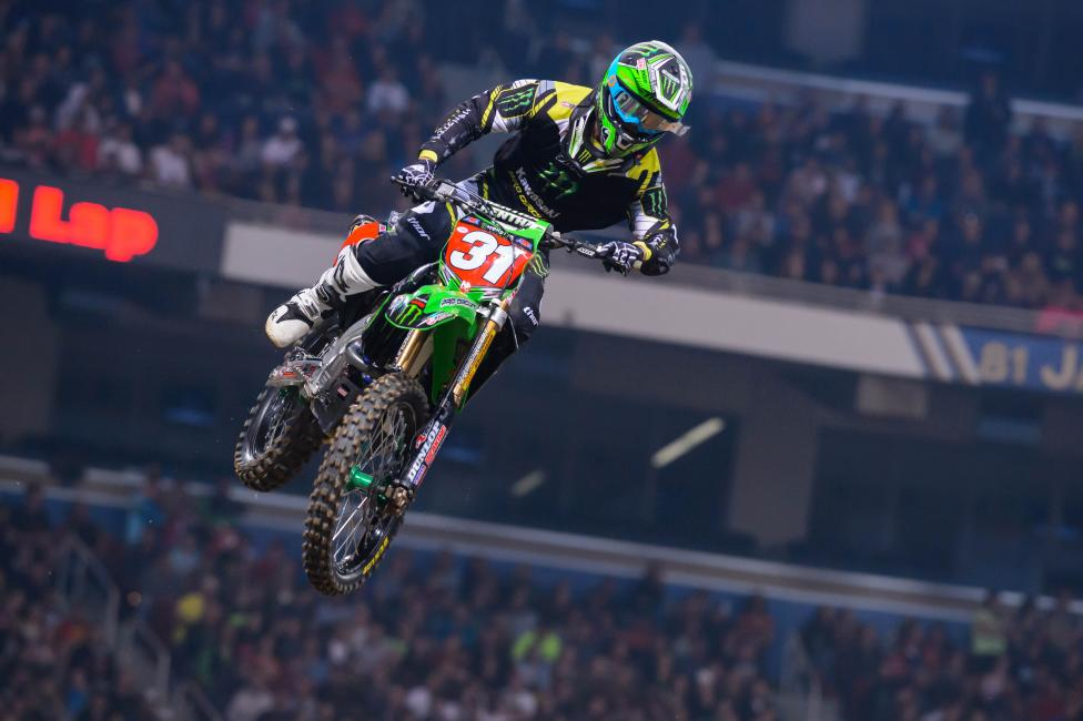Davalos held off Bogle to pick up the win on Saturday. Photo: Simon Cudby