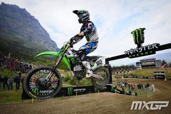 Frossard, Bobryshev Take Big Hits in Italy