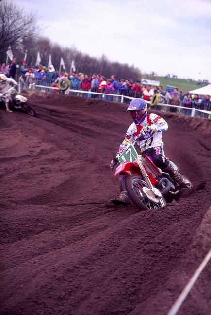 Micky Dymond at the 1992 Dutch 250cc Grand Prix at Valkenswaard. Photo: DC
