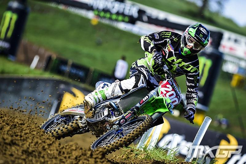 Arnaud Tonus went 2-2 on the day and remains the MX2 points leader.