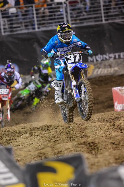 Cooper Webb put his Yamalube/Star Racing bike up front with a huge holeshot, while Dean Wilson gave chase.Photo: Cudby