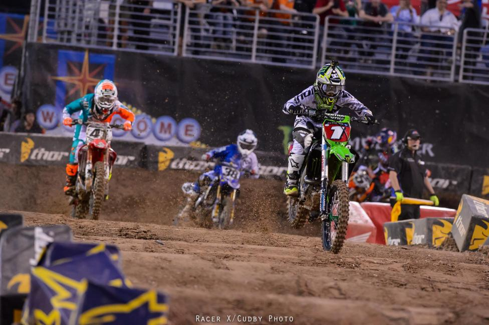Ryan Villopoto dominated the 450SX main event in Las Vegas. Photo: Simon Cudby