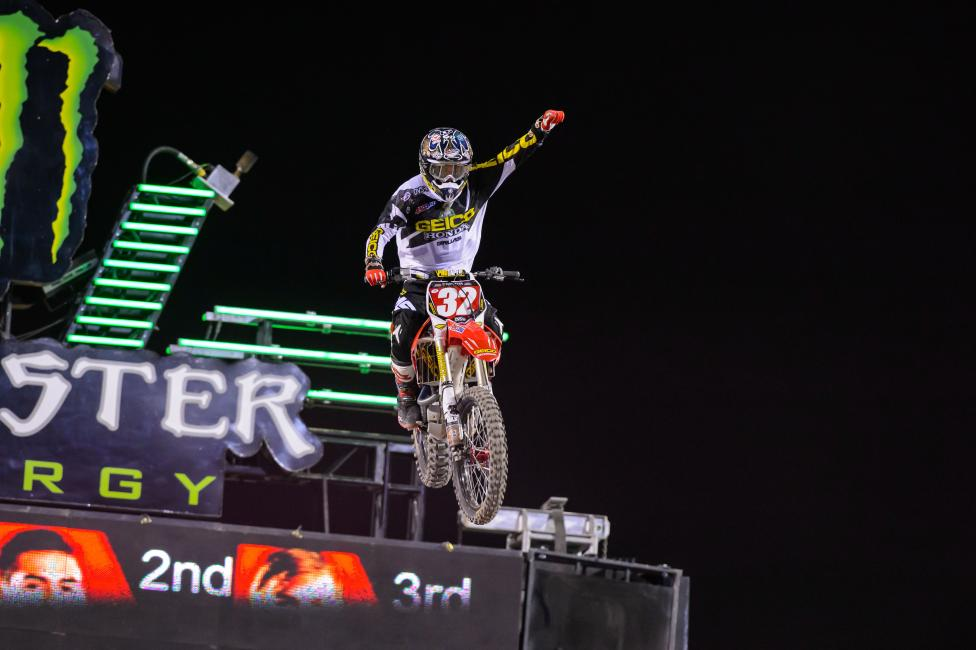 Justin Bogle clinced another title for GEICO Honda in the East Region.