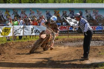 Mullins Wins Second Straight at Loretta's