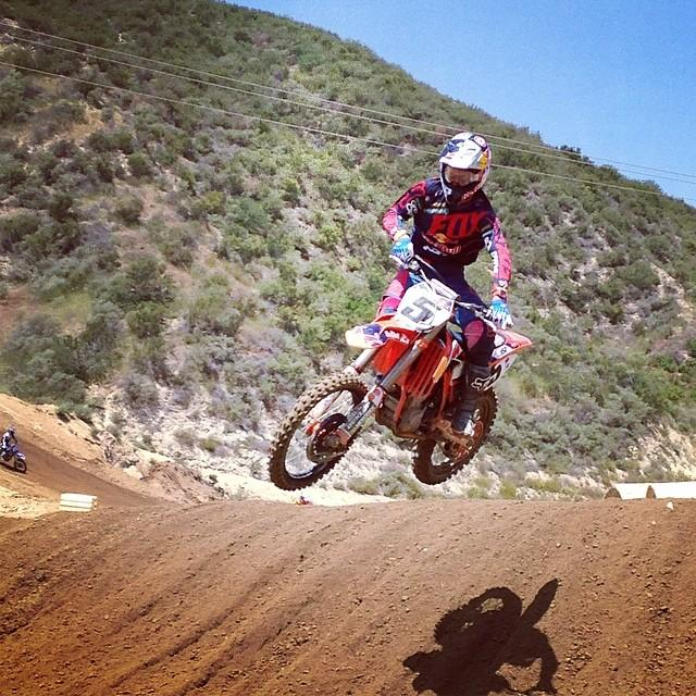 Ryan Dungey getting ready for the Lucas Oil Pro Motocross season opener at Glen Helen last week.  Photo: David Pingree