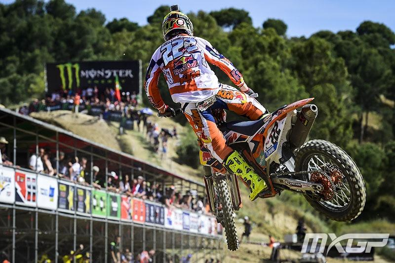 Antonio Cairoli leads the MX1 Class.