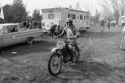 Steve Stackable rode his U.S. Sports' Maico back to the pits after finishing fourth overall in the 500 class.