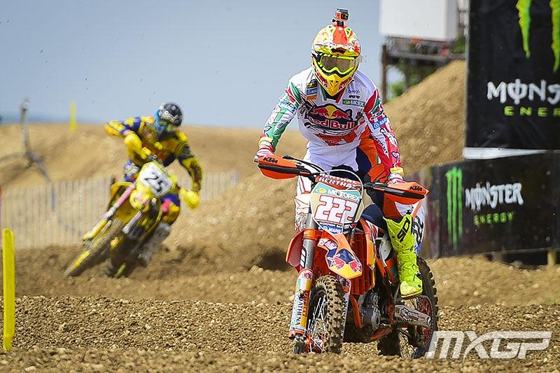 Late mistakes cost Cairoli a chance at the overall.  Photo: MXGP