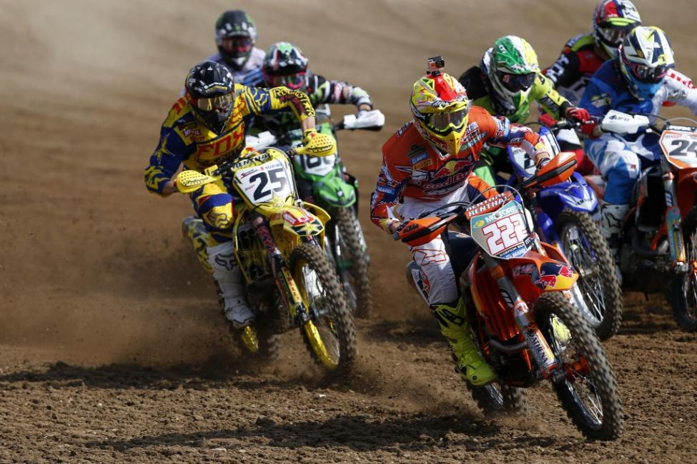 Antonio Cairoli (222) leads the MX1 Class in Europe. Photo: Ray Archer