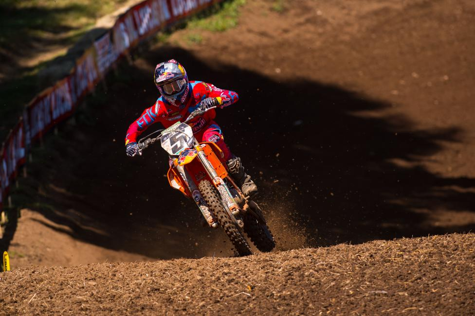 Dungey trails Ken Roczen by 14 with three rounds left.  Photo: Simon Cudby