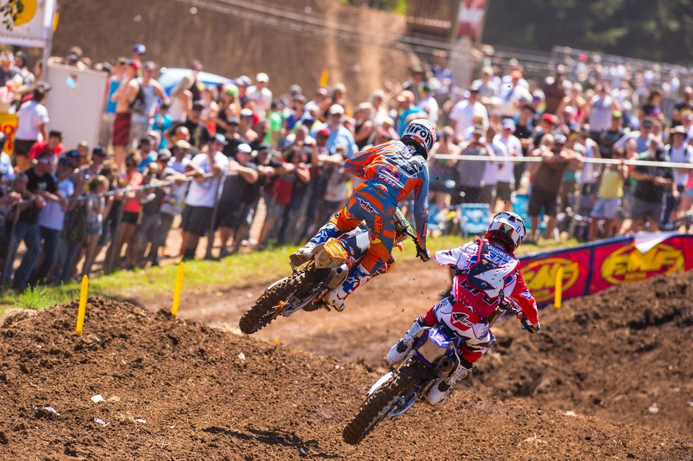 Marvin Musquin (25) battles with fellow French rider Christophe Pourcel at Washougal. Photo: Simon Cudby