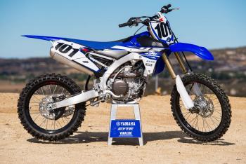 Racer X Films: 2015 Yamaha YZF450 Intro