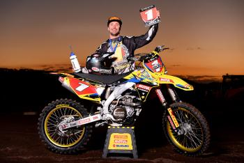 Matt Moss Re-Signs with Suzuki Australia
