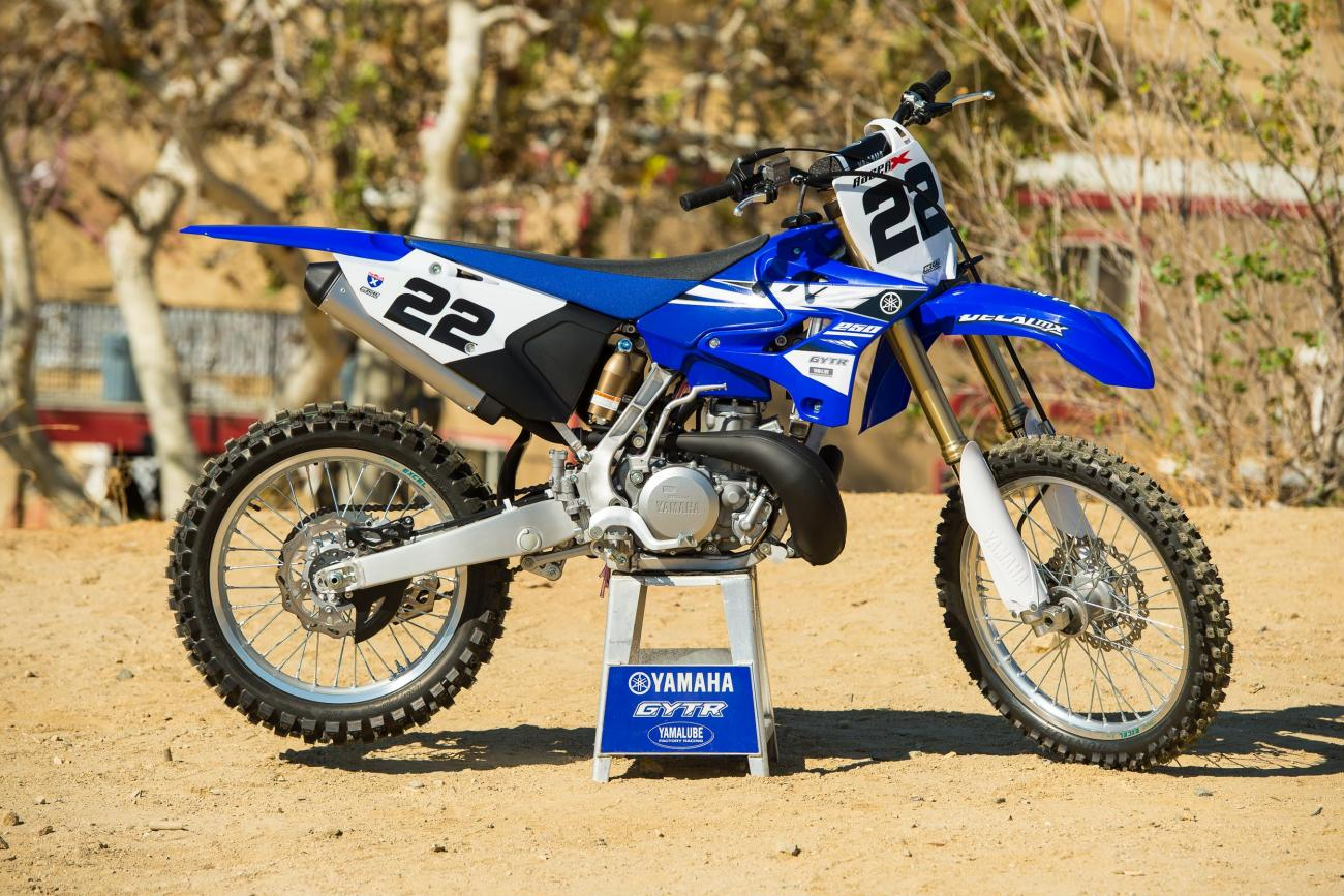 Racer X Films: Yamaha 2015 YZ250 intro