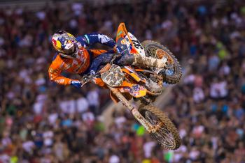 Sign of the (Lap) Times: Monster Energy Cup