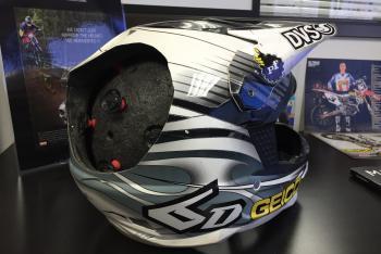 OnSite: 6D Helmets