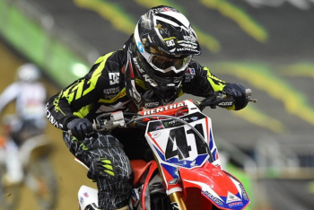 Trey Canard, Jake Weimer Crash in Detroit
