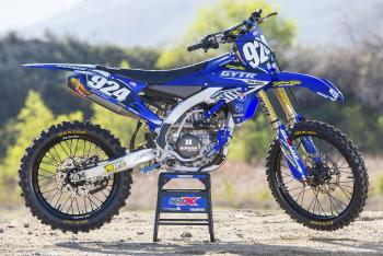 Racer X Films: 2015 Yamaha YZ250F Race Bike