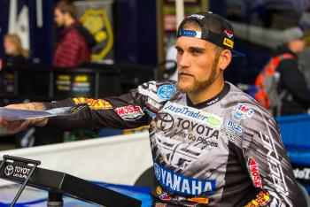 JGR, Peick Reach Deal Through 2016