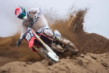 Racer X Films: 2016 CRF250R Intro