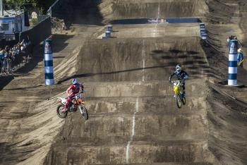 Watch: James Stewart vs Ryan Dungey at Straight Rhythm