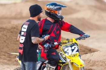 Between the Motos: Robert Lind