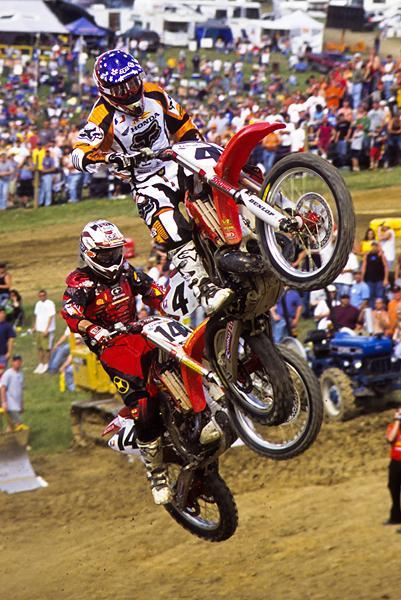 Kevin Windham returned to action in 2003 to give Carmichael a run. When they both jumped the High Point tunnel at the same time, the fans went crazy!