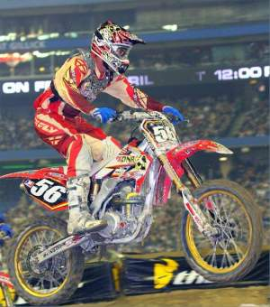 Shaun Skinner took the Lites win in Canada.