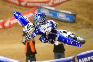 In his San Manuel Yamaha debut, James Stewart completed the first night of the trifecta at the U.S. Open.