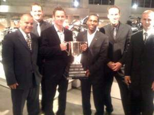 Team USA's James Stewart and Tim Ferry and their '08 crew with the Peter Chamberlain Cup