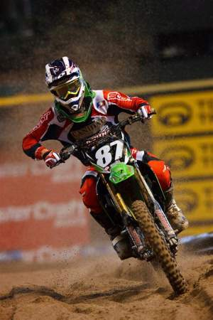 In his first-ever Lites main event in Phoenix, PJ Larsen finished an impressive sixth-place.