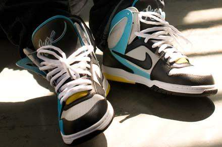 Nike 6.0 Air Zoom Oncore High Racer X Online