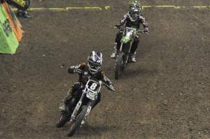 Chris Alldredge (8) held off Cianciarulo (1) at the finish.