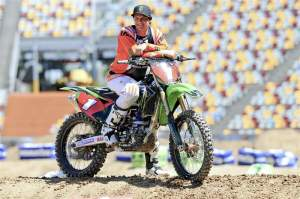 Chad Reed won't be running the #1 until outdoors, but he will be on a green machine similar to this one - without a polished frame.