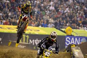 Justin Barcia (17) had a fall but still managed to snatch third place.