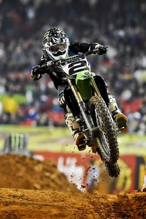 Ryan Villopoto has the speed to bring down Dungey's points lead, but made a costly error in Atlanta.