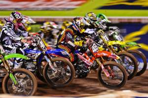 The Lites main gets under way, and Wil Hahn (49) officially got the holeshot - his second of the year.