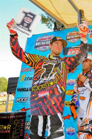 Dungey hoists the number-one plate for the second time in 2010.